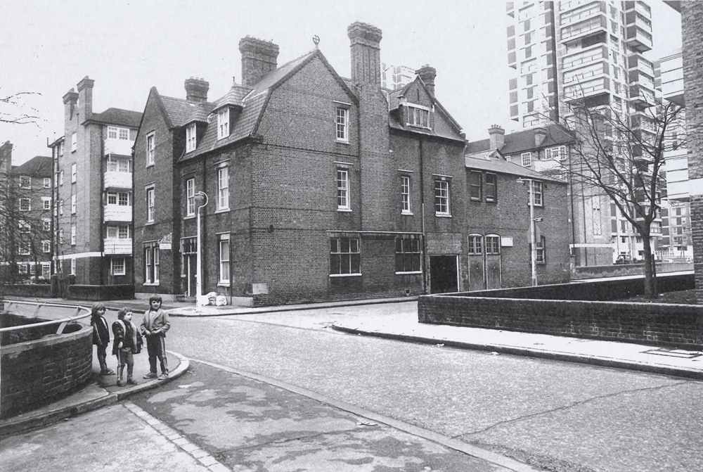 Bethwin Road in the 1970s (© London Borough of Southwark).