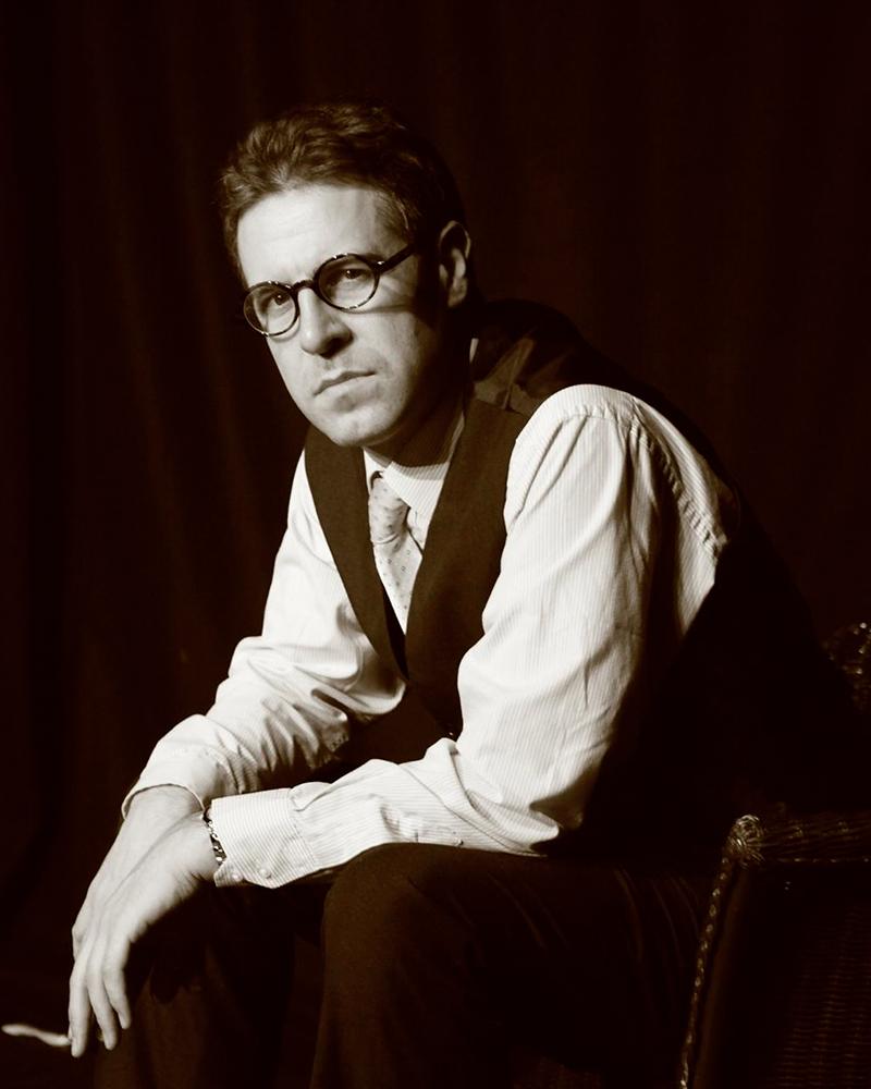 Mark Farrelly as Patrick Hamilton.